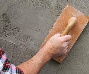 Wand verputzen innen und außen selber machen